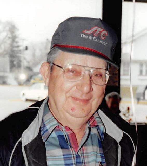 Roy  W. Diamond