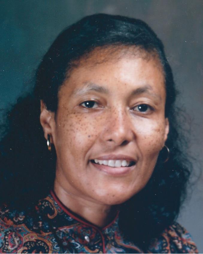 Evelyn Carmita Akiwumi