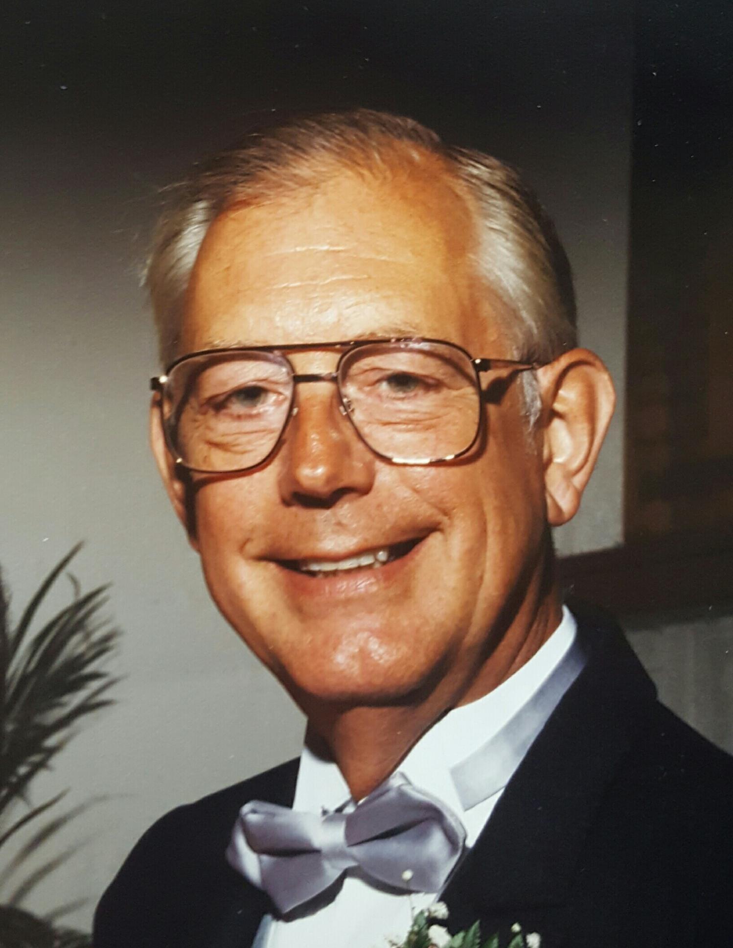 Dr. Harry Everett