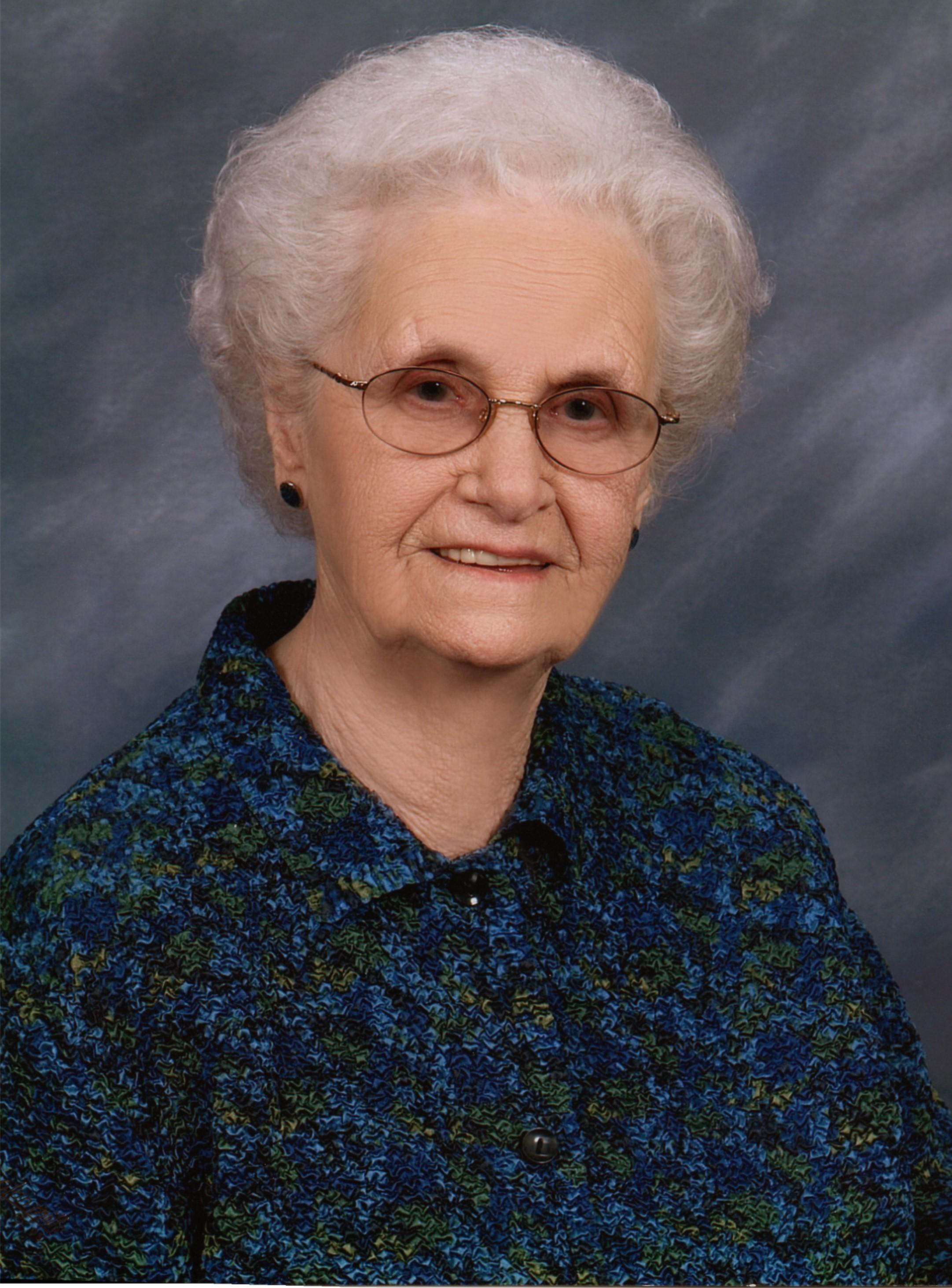Mary Jane  Gilbert Manis