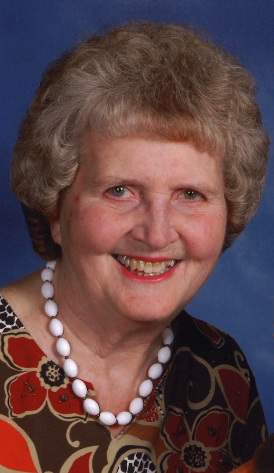 Ellen L.. Hamilton