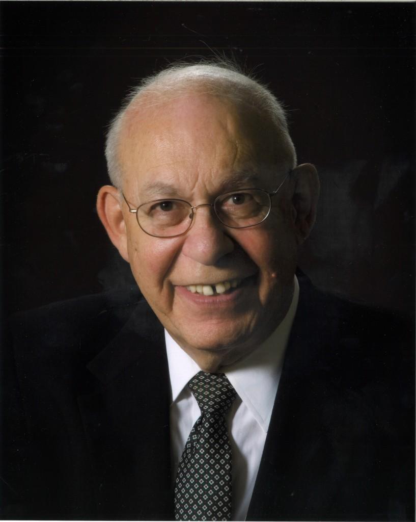 Howard  Guthmann