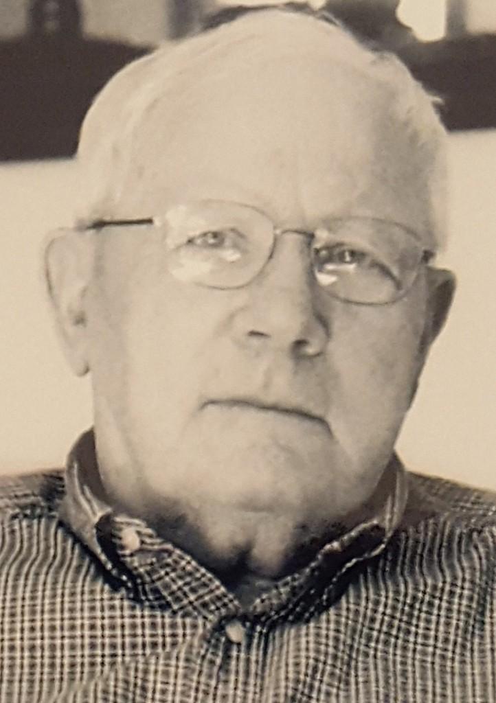 Robert Dean Walquist