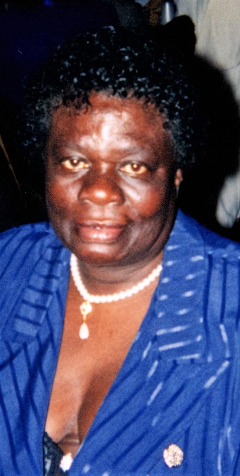Bonnie  Tann