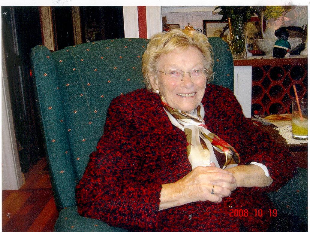 Alma Ellise McVey  Holcomb