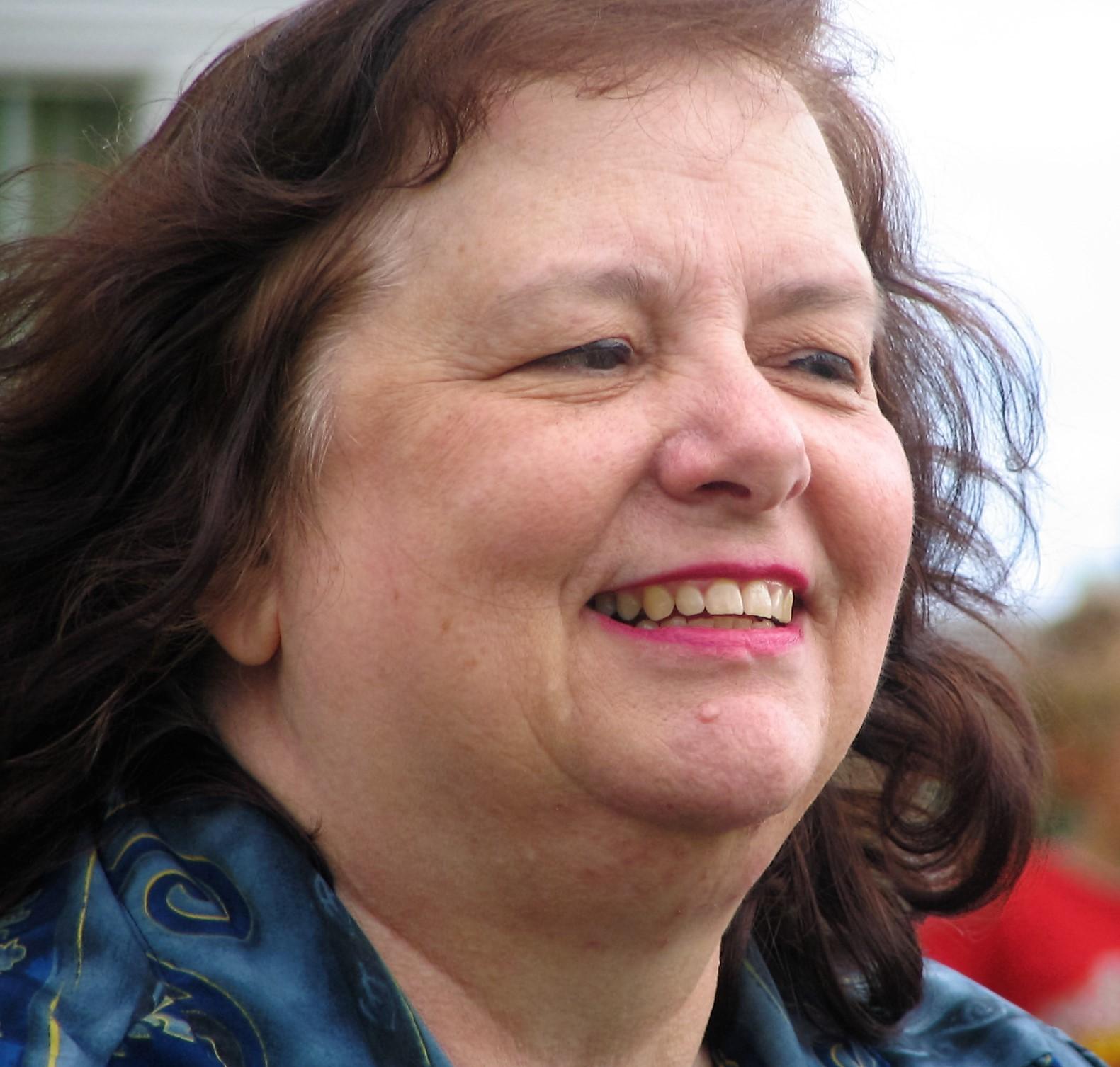 Sandy L. Yoakam