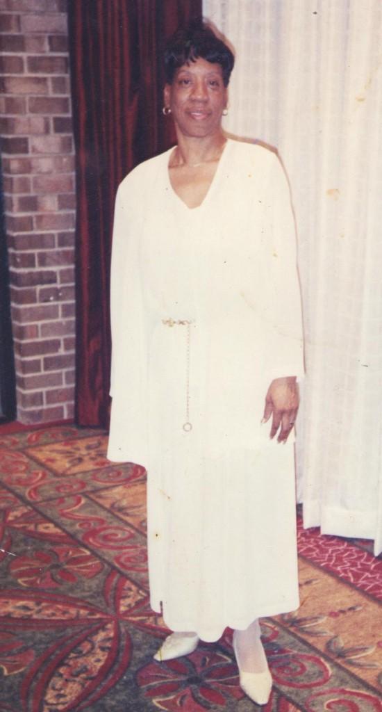 Mary L Mayo