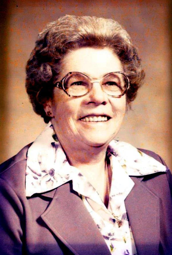 Elna  M.  Brahmer