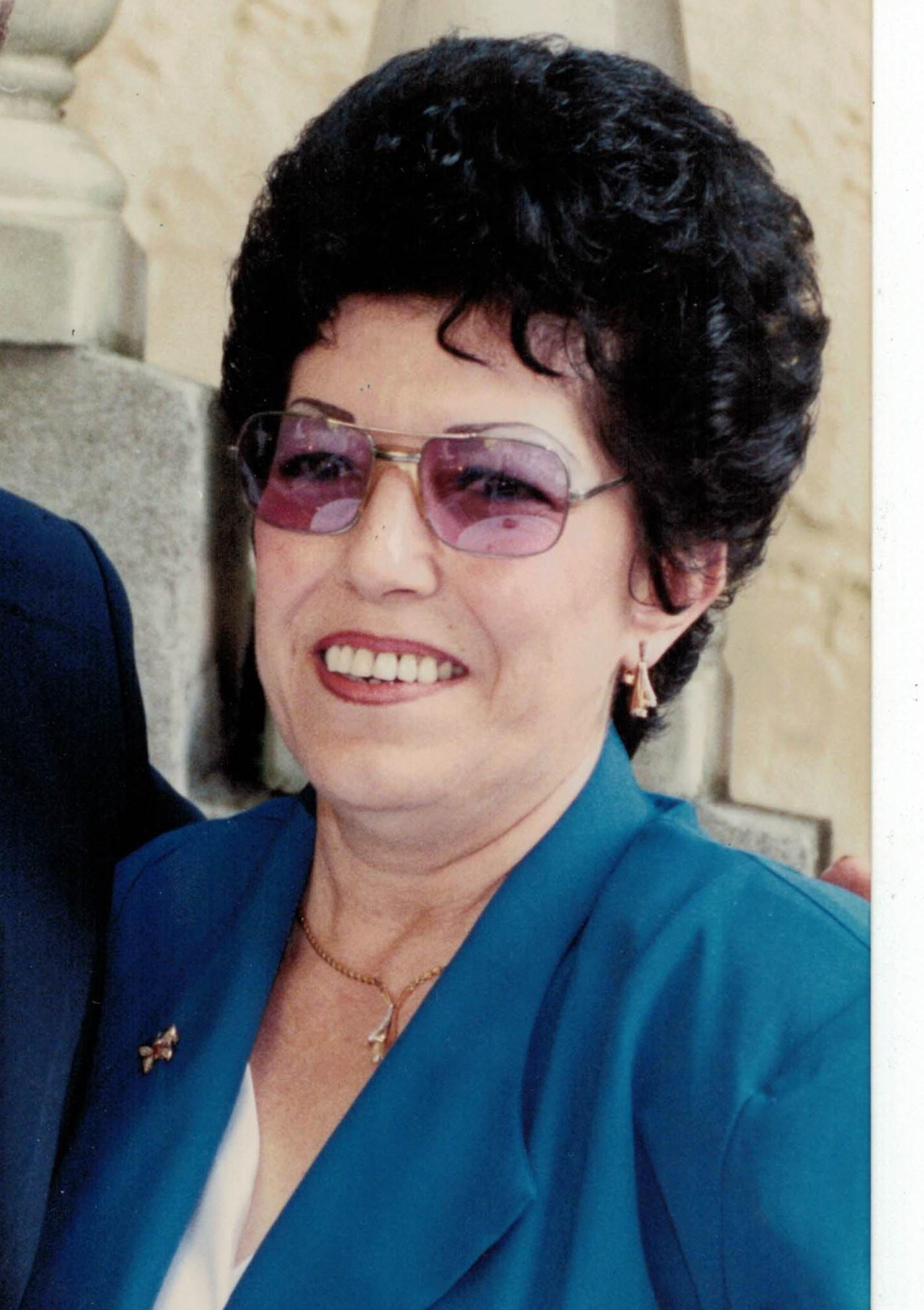 Evelyn J. Mac Rae