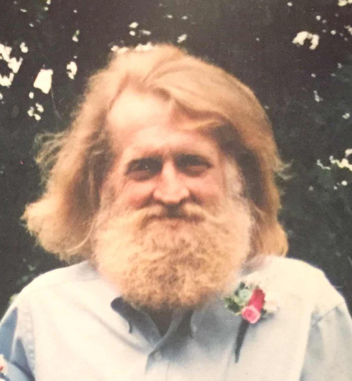 Willys  Larson