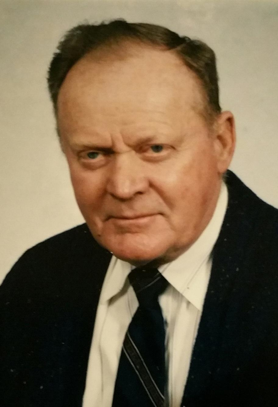 Donald  Rau