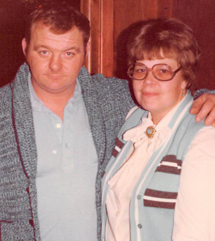 Mary Jo & Roger Moore