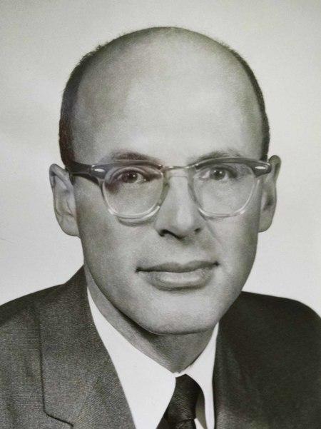 Sidney  Weil, Jr.