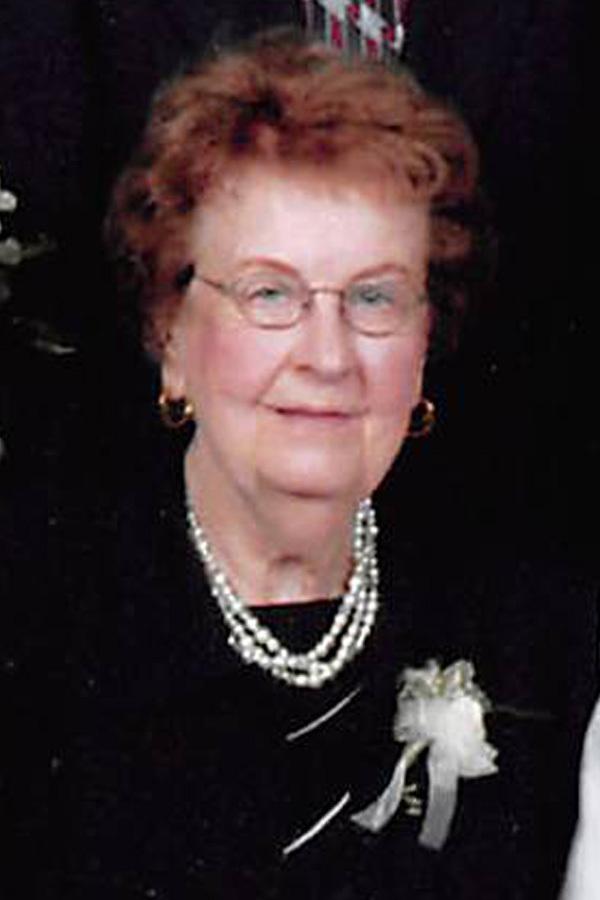 Lois Darlene Engebretson