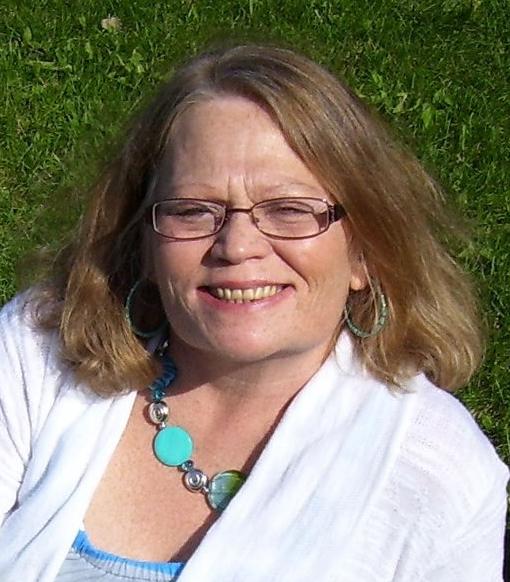 Julie  Rokes