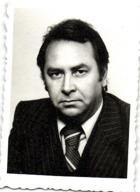 Dr. Dusan Davidovic Obituary, San Pedro, CA | Green Hills Mortuary and Memorial Chapel, Rancho Palos Verdes, California - 670895