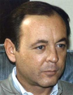 J. Robert  Hufstader