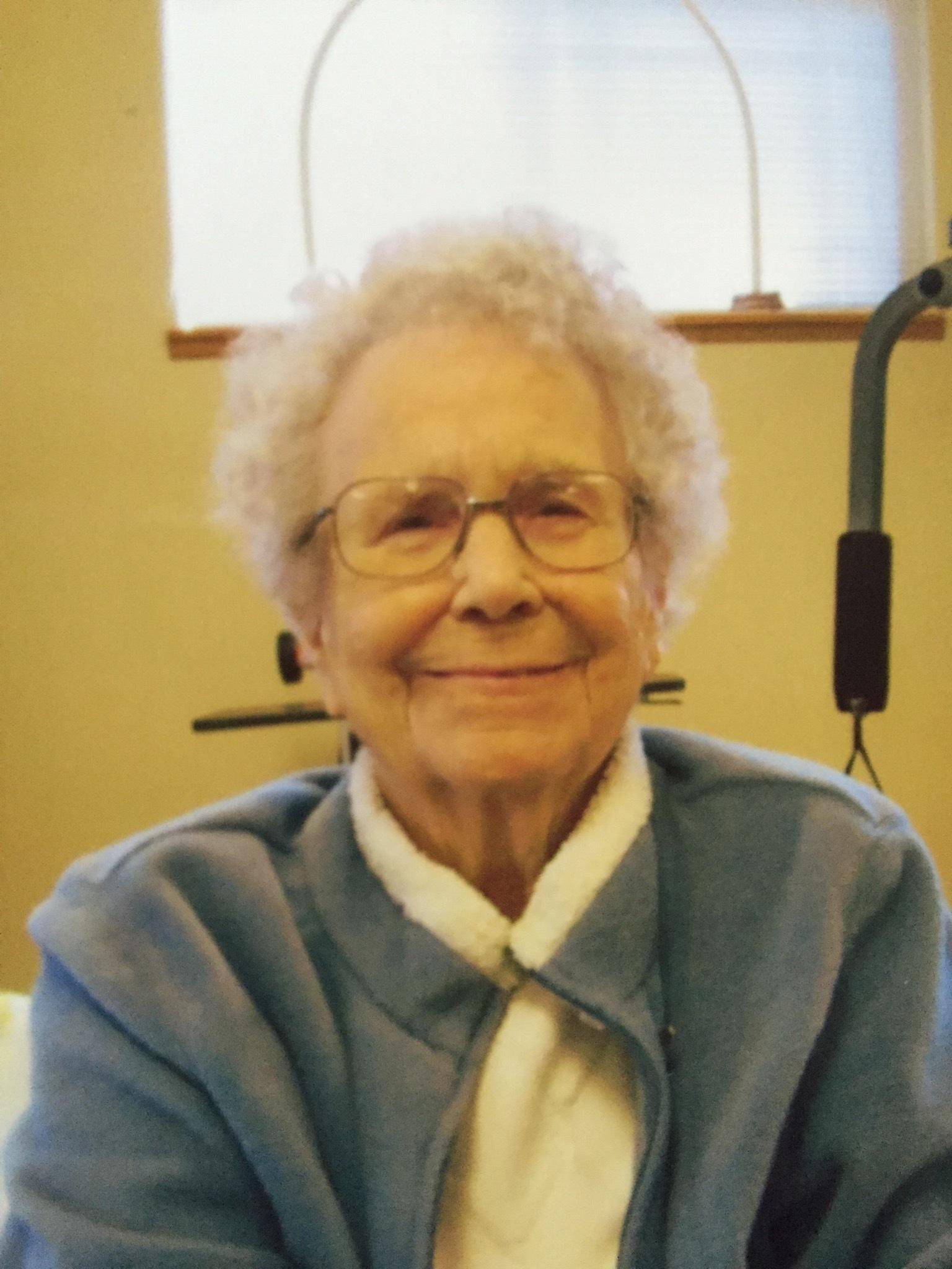 Joyce Pearl Weiss