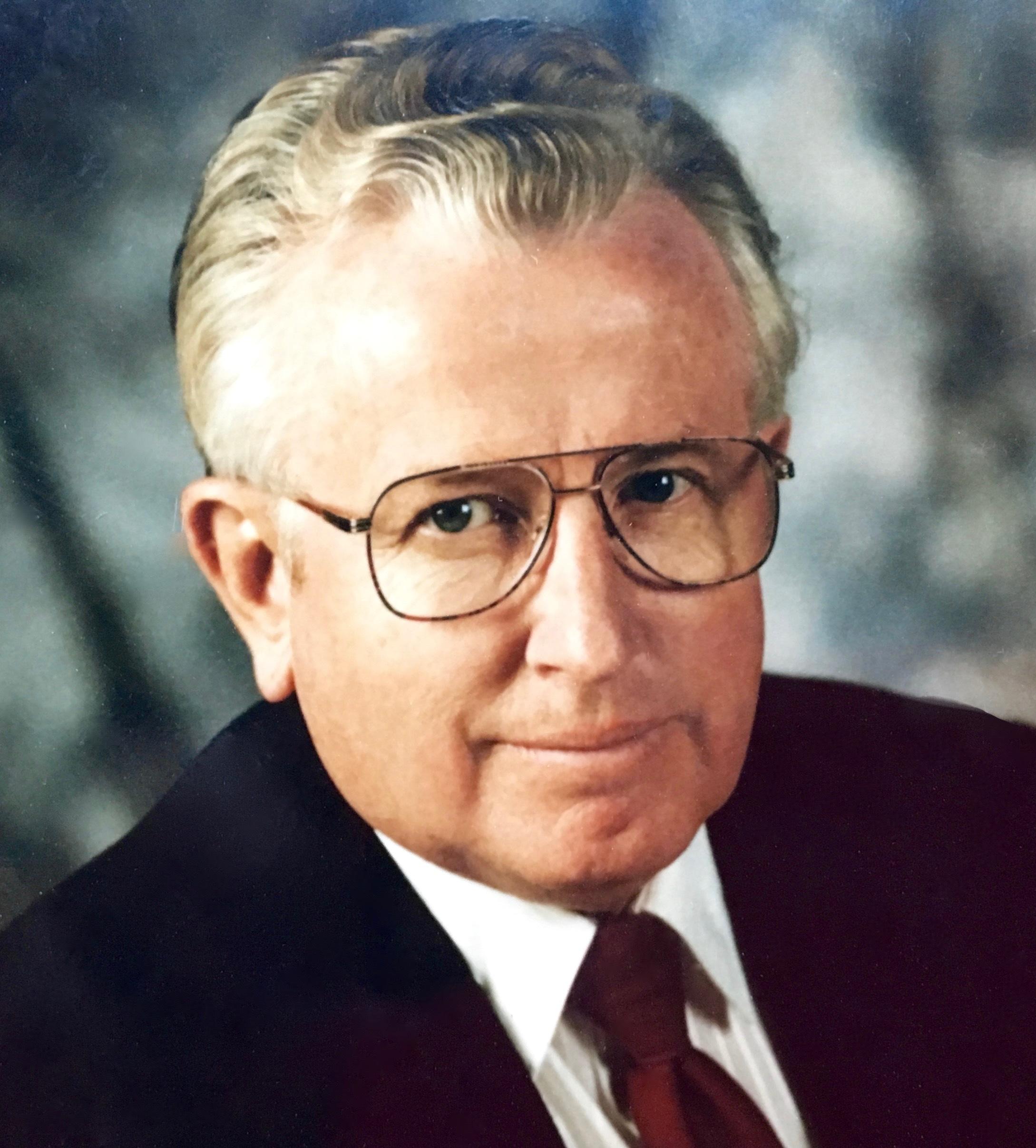 Roy T.  Traynor