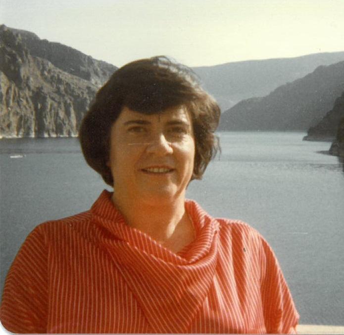 Silvia  Ayers