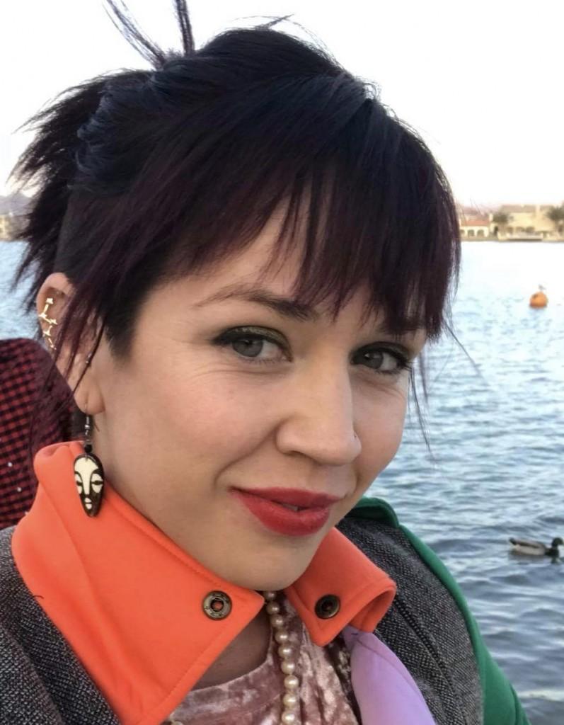 Dr. Alessandra  Barreiro