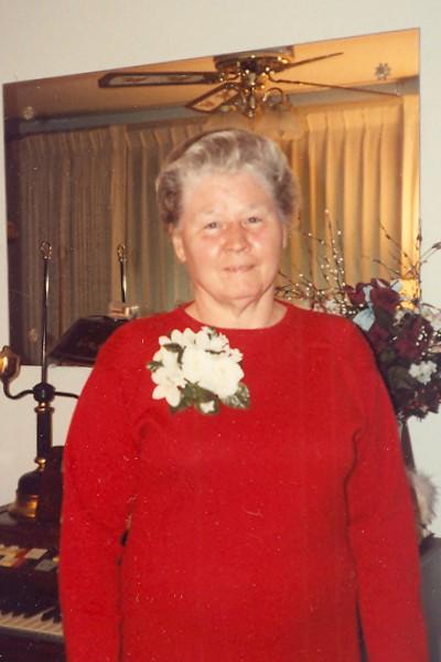 Dorothy  Virginia  Veach