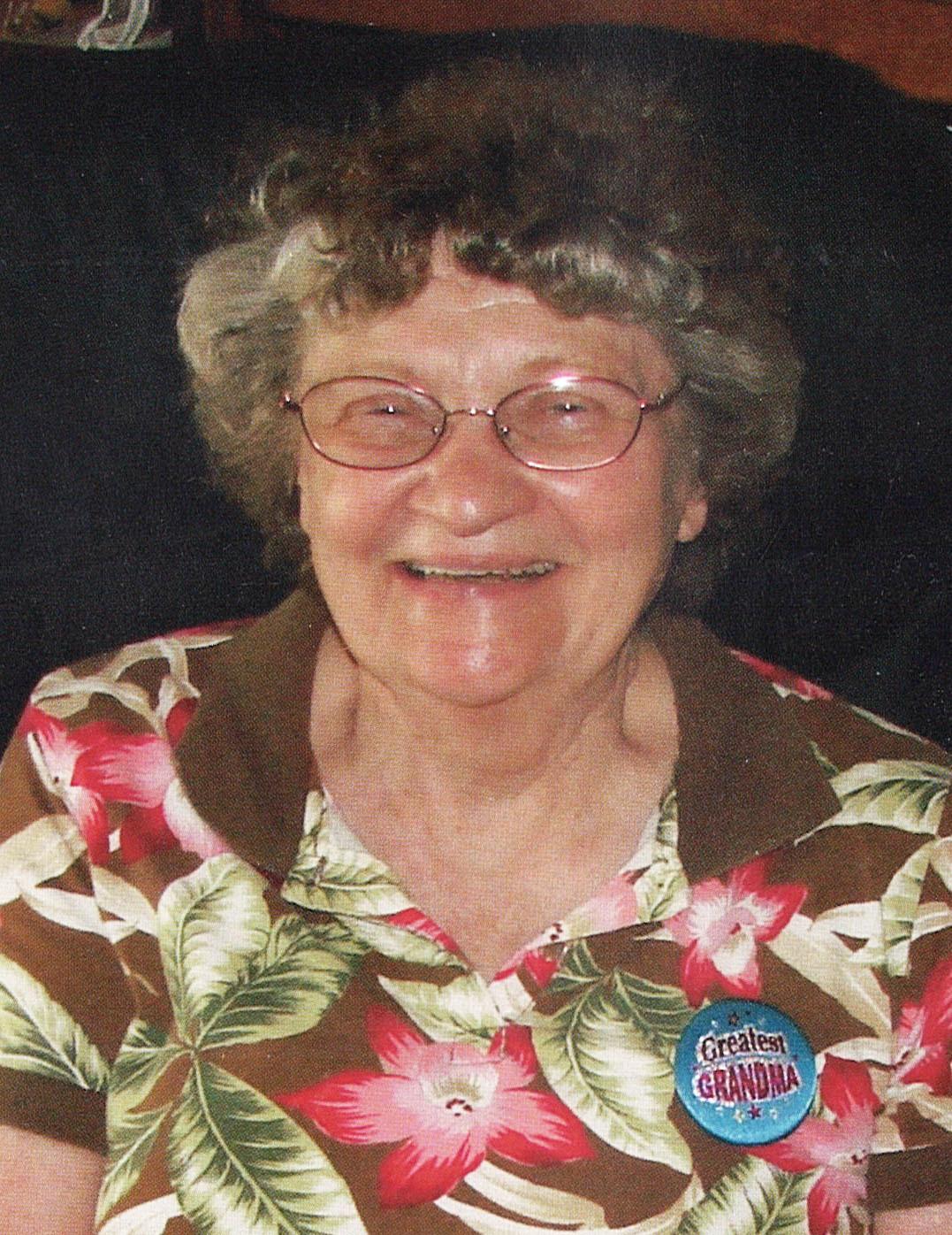 Lauretta Louise  Thoennes
