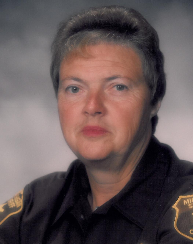 Shirley  Combs