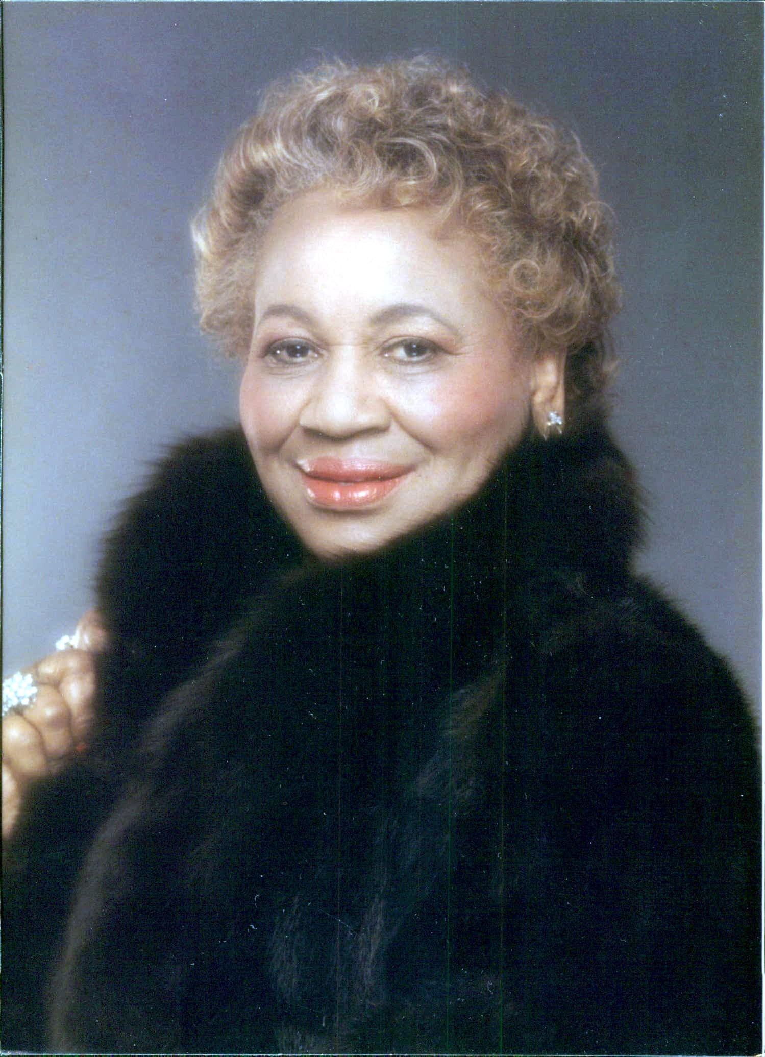 Pearlie Mae Davis