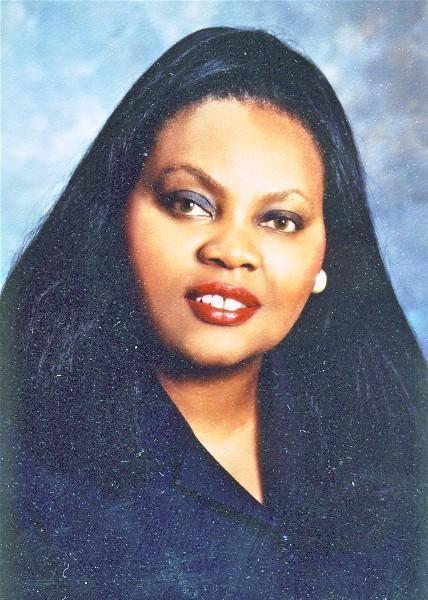 Carolis Yvonne Urdy