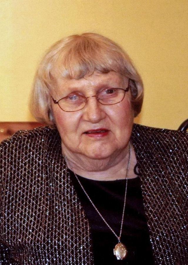 Dorothy  Anna  Holmquist