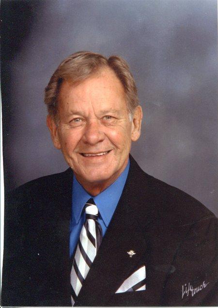 Dr. Robert W.   Wilson