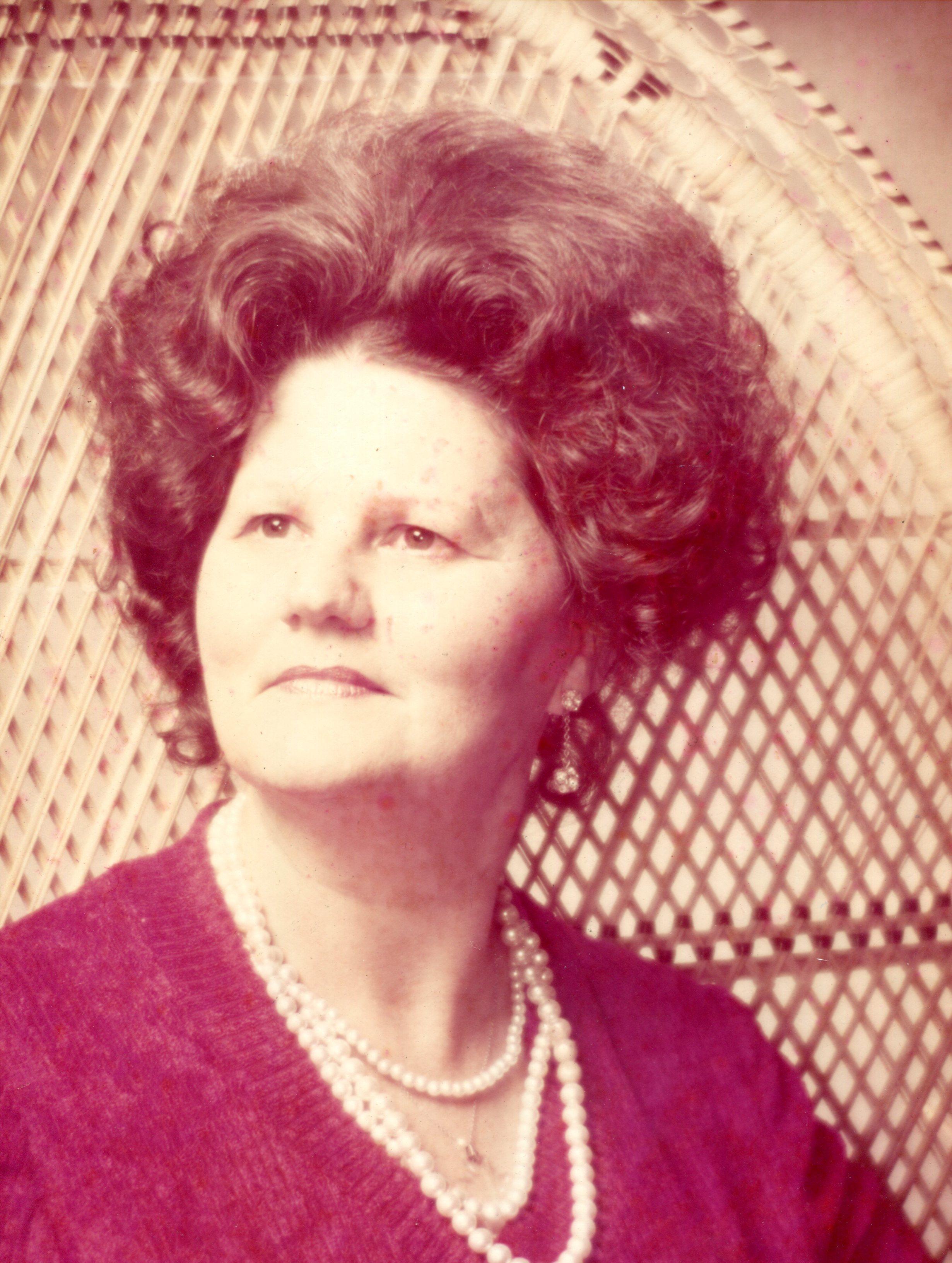 Henrietta  Evelyn  McCracken