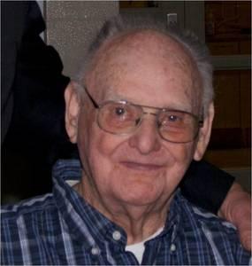 Lloyd E Tomlin