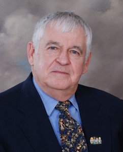 Vernon  Creighton