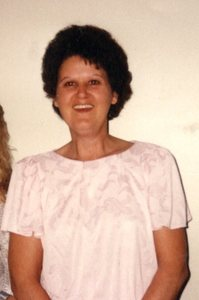 Carolyn  Spires