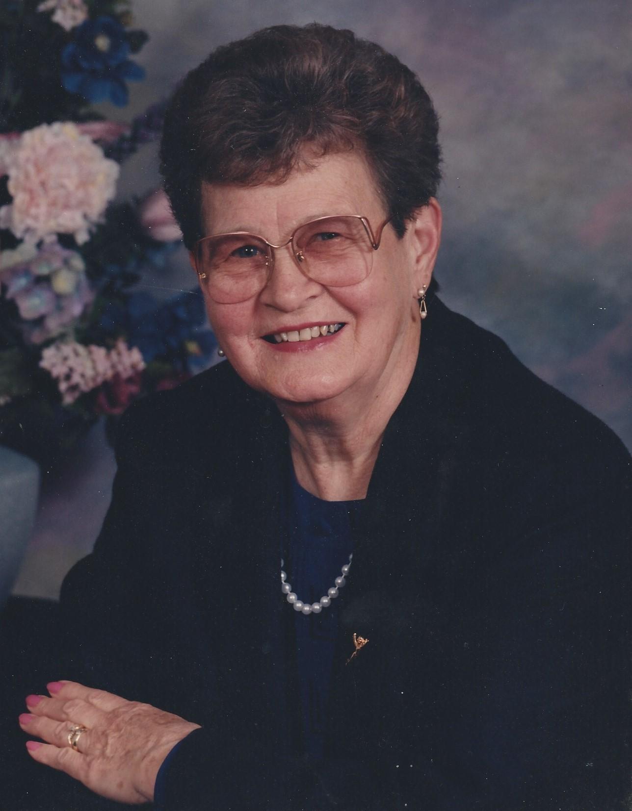 Lucy L. Sneddon