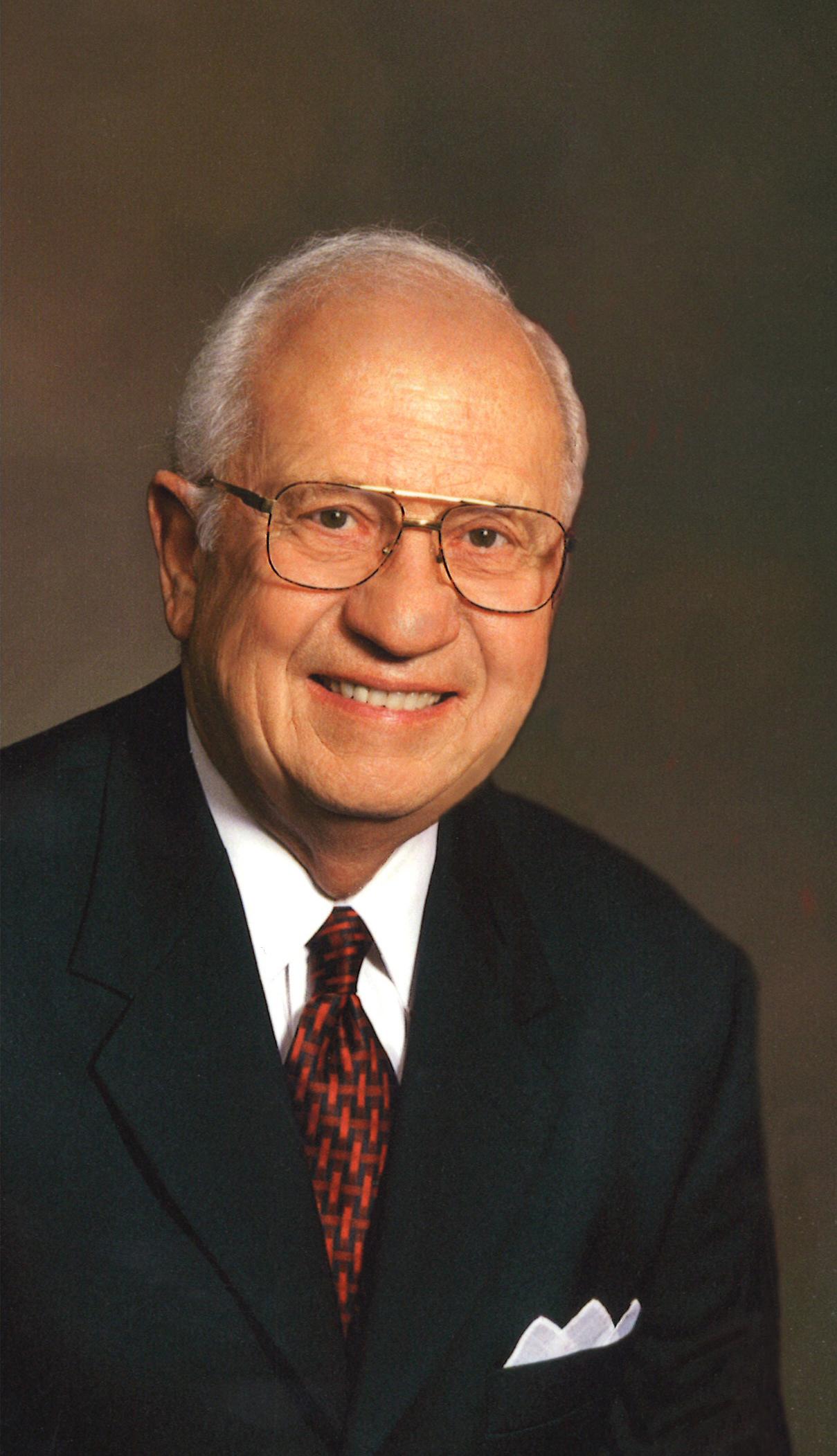 Richard E Myers