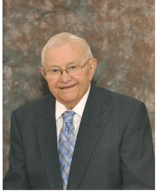 Lester  Paschke