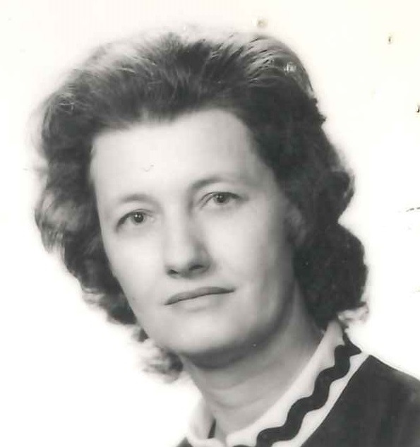 Karolina  Andolsek