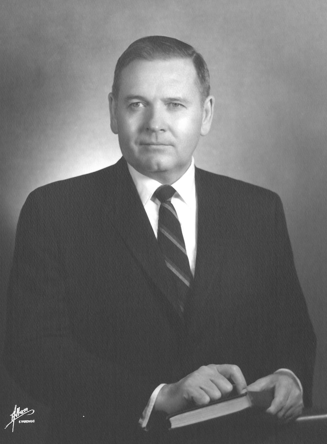 Carl Elliott Holmes