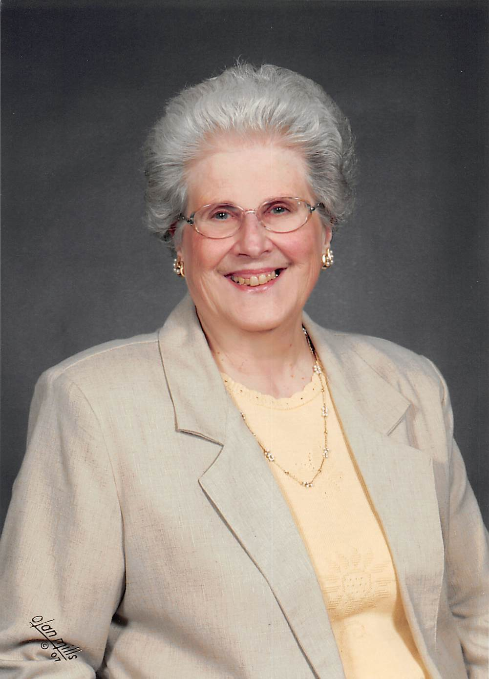 Sandra Lee Groves