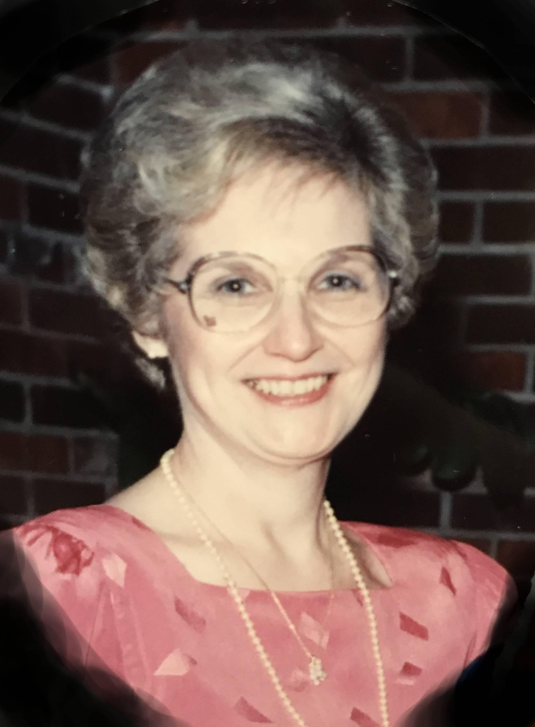 Jeanine  Walengar