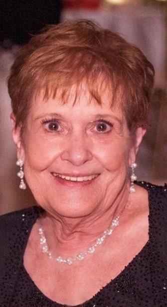 Mary 'Mom Mom'  Segretario