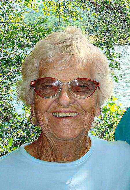 Lillian A. ''Lil'' (Swirka) Carmody