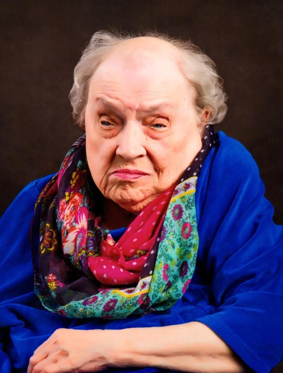 Carolyn Joan Perry