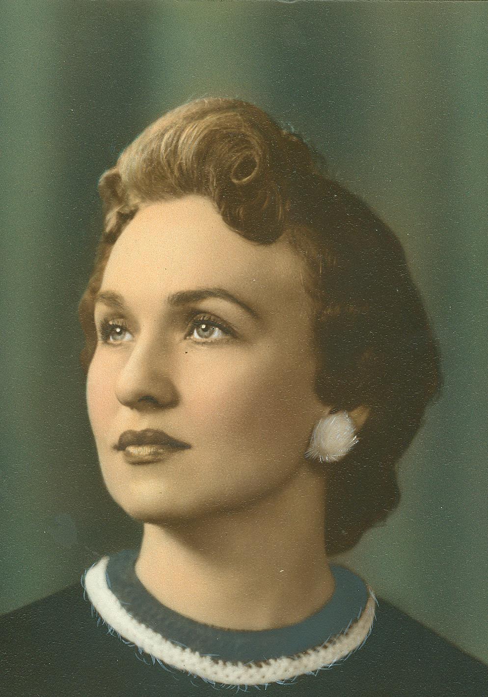 Evelyn  Houchin