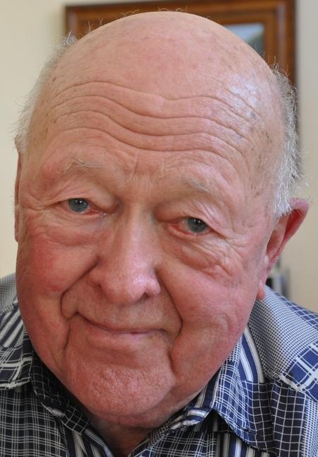 Thomas  Hansen  Tarp Jr.