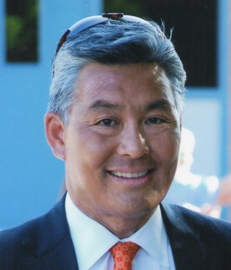 Jeff Y. Chin