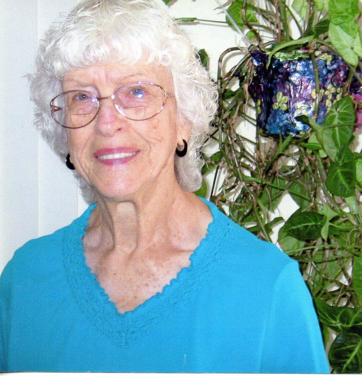 Dorothy Mae Wolf